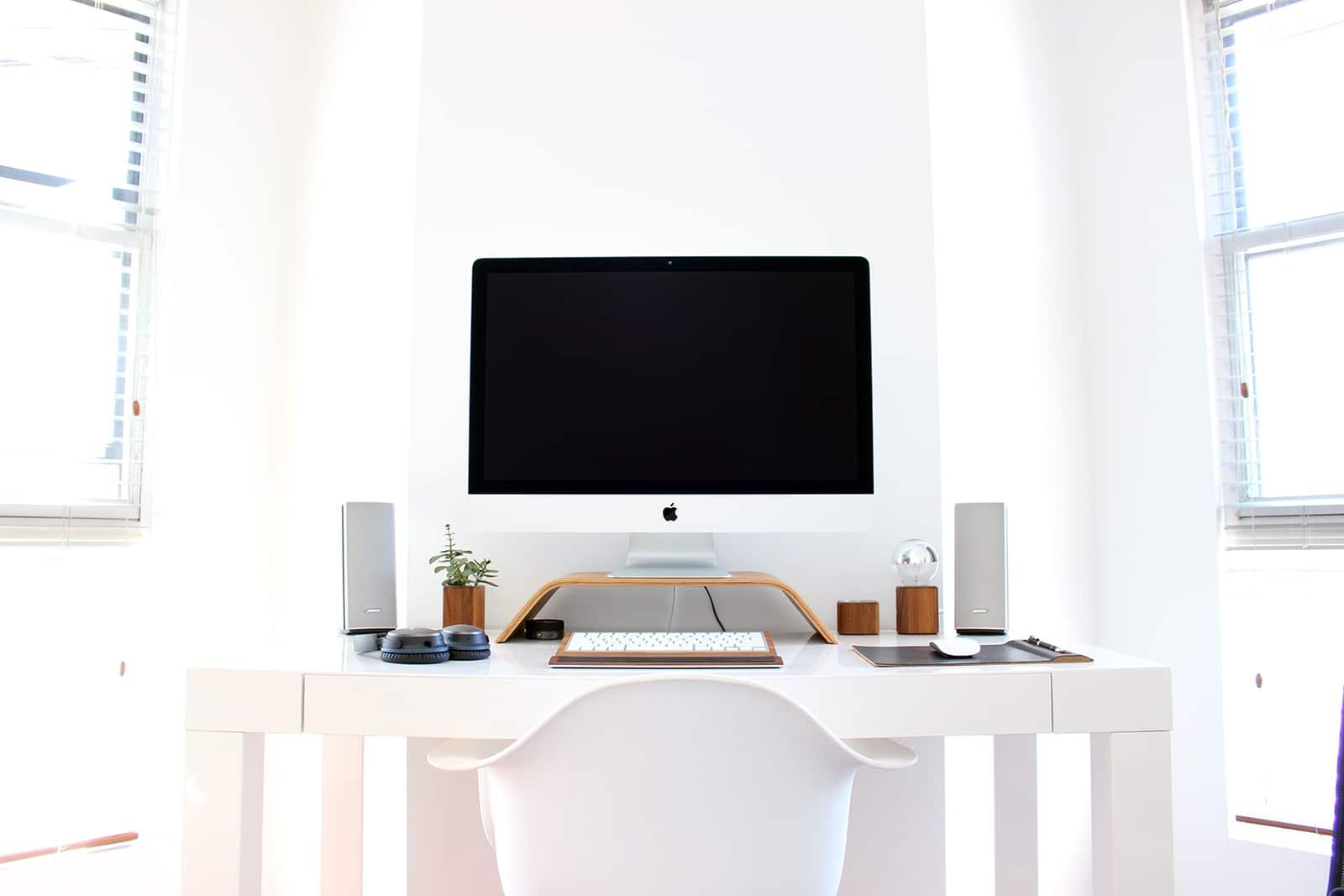 desktop computer work station for SEO